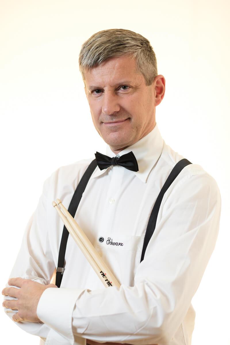 Abb. Thomas Kesser, Schlagzeuger in Toni's Kapelle